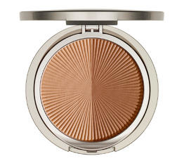 Modelling and Accentuating ARABESQUE Mineral Bronzing Powder Bronzing powder with SPF 10