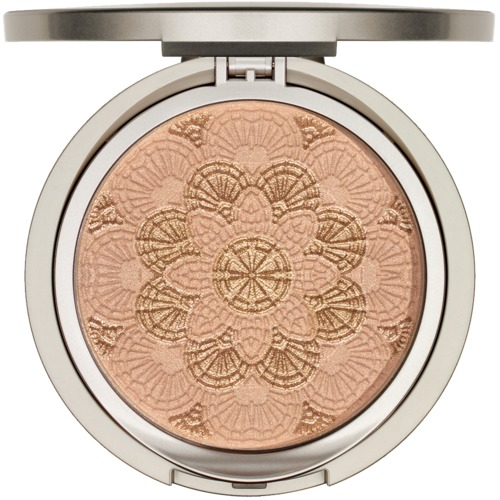 Modelling ARABESQUE Summer Glow Luxurious powder