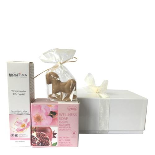 Weihnachten BIOKOSMA Geschenkbox Wellness für den Körper Weihnachts-Geschenkbox für den Körper